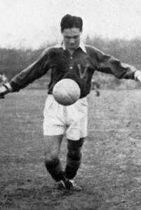 UBC varsity soccer player Fred Sasaki (1942) Photo: UBC A.M.S./University Archives, Totem  (1942)